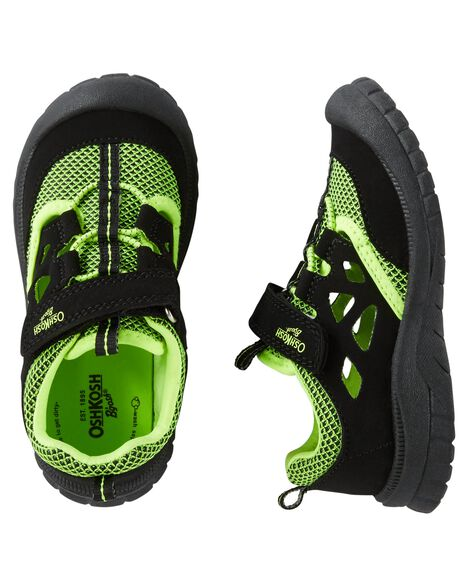 Display product reviews for OshKosh Bump Toe Athletic Sandals