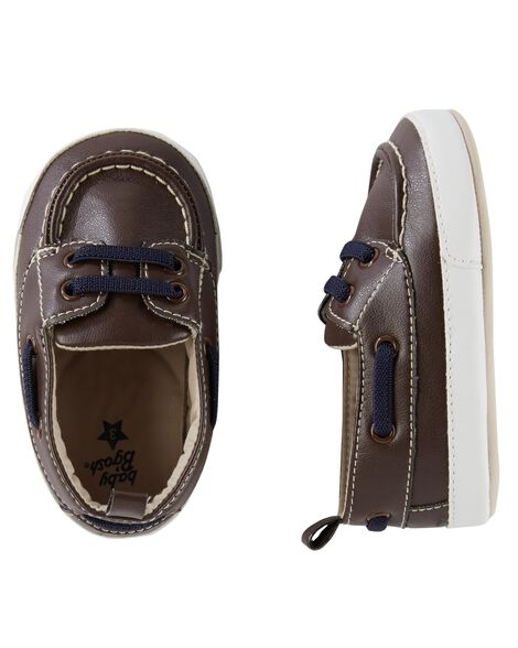 Display product reviews for OshKosh Sneaker Crib Shoes