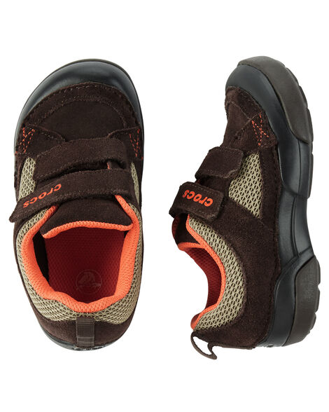 19941fd6060 Display product reviews for Crocs Dawson Easy-On Shoe