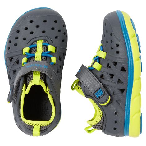 Display product reviews for Stride Rite Made2Play Phibian Sneaker Sandal