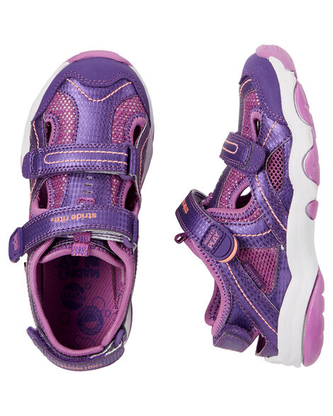 Display product reviews for Stride Rite Made2Play Sandy Sandal